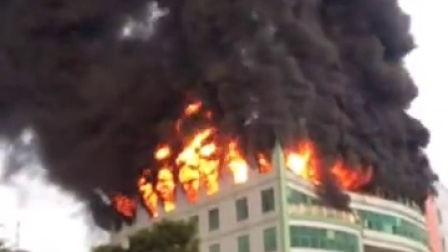 东莞市工厂失火了!