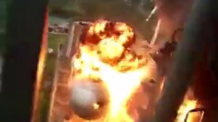 网曝某工厂天然气管道爆炸,现场多人被烧焦!