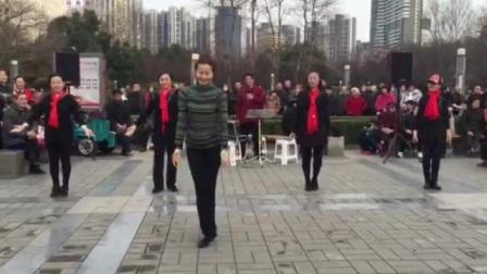 爱狗生活:友联:广场舞