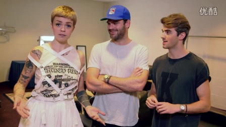 BackstagewithTheChainsmokers_2016VideoMusicAwards_MTV