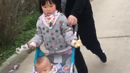 朱宝3岁半朱帝十个月