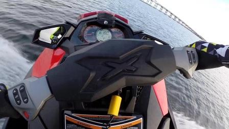 驾驶Sea-Doo摩托艇的安全准备