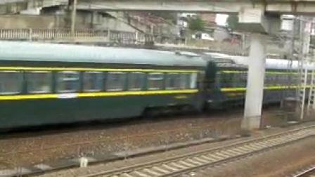 客车Z202通过(3.25)