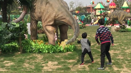 和恐龙尾巴的战斗