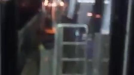 南京地铁4号线仙林湖站折返(2)
