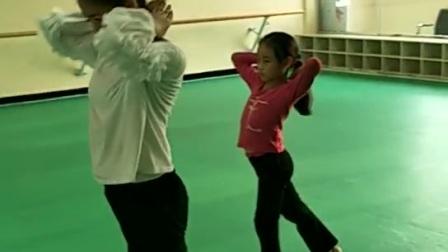 老师单独给宝贝培训。