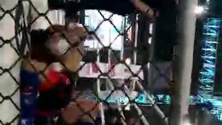 王景佳三角锁