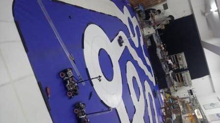 第十二届飞思卡尔  恩智浦四轮摄像头 各位看官看看这有没有3米.mp4