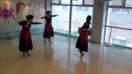 张平老师民族舞专修班结课视频《铃铛舞》