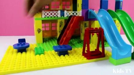给粉红小猪盖房子,好喜欢这样的建筑