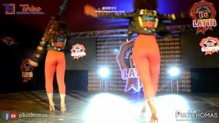 世界上最性感的舞蹈, 2美女跳的情意绵绵