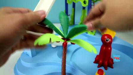 池幻灯片与海洋动物玩具,有趣的玩具对孩子视频