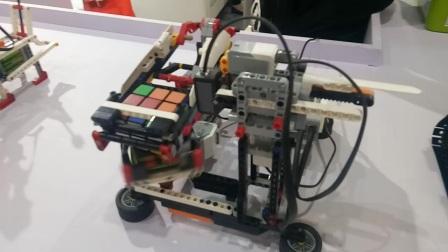 智能机器人玩转魔方