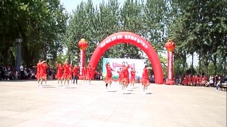 焦桥镇广场舞大赛西南村代表队二等奖《中国冲冲冲》