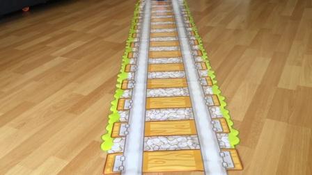 托马斯和朋友们的玩具火车和火车上的火车