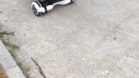 嘉优平衡车卡丁车架玩法