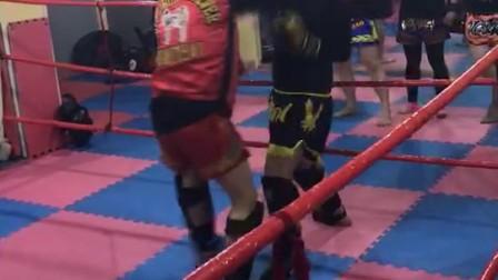 2017夏季上海拳霸李峰泰拳实战
