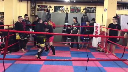 2017上海拳霸泰拳学员实战训练