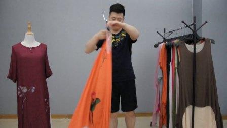 7.9吾尚服饰棉麻长款女装特价系列25元一件,20件一份起批。巨划算(杭州女装尾货库存批发)