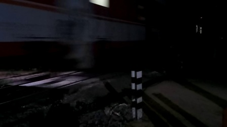 客车K258次 成都-天津