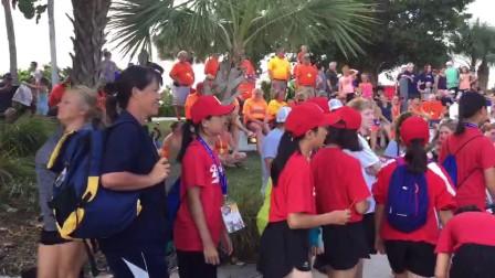 外孙女乐乐北京少儿棒球队和美国少儿棒球队热身赛开幕式