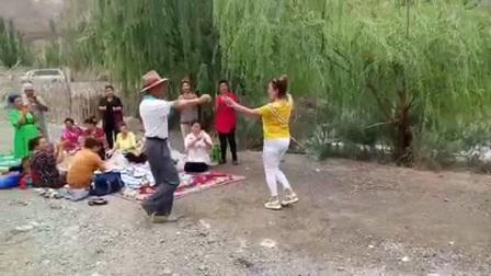 爸爸的舞姿