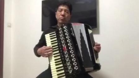 吕纯斌手风琴演奏《花好月圆》
