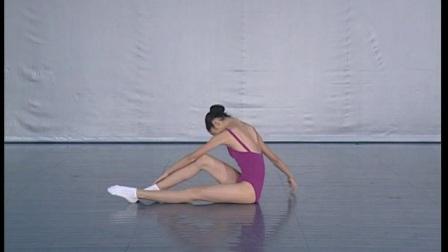 北舞附中古典舞舞蹈基础基本功示例课女班 第1学期2 地面训练