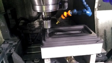 高精度石墨模具 石墨模具加工 高精度石墨机床 石墨模具是怎样加工的
