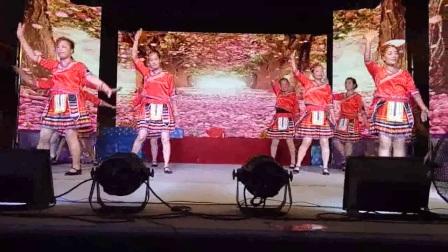 草原祝酒歌(联星西许姐妹合体舞蹈队---精彩演义)2017年8月