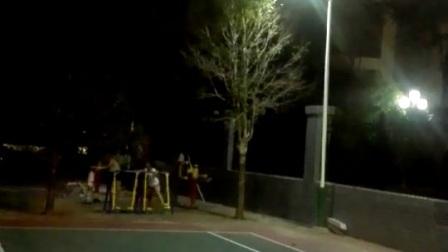 亿沃一体化太阳能路灯应用案例-社区篮球场