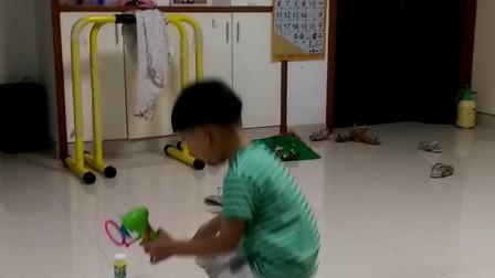 儿童大泡泡玩具枪分享展示