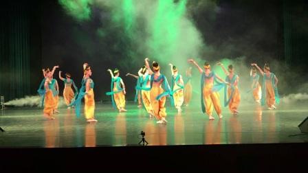 潘栎飞老师作品敦煌舞蹈《梦舞敦煌》
