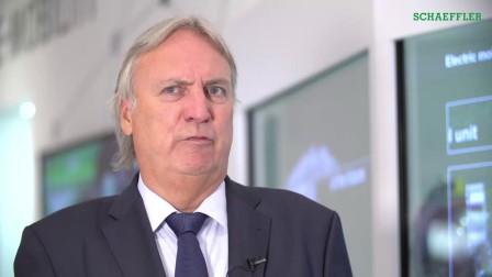 舍弗勒集团副CEO兼CTO彼得·古兹默教授谈舍弗勒电驱动技术和未来发展
