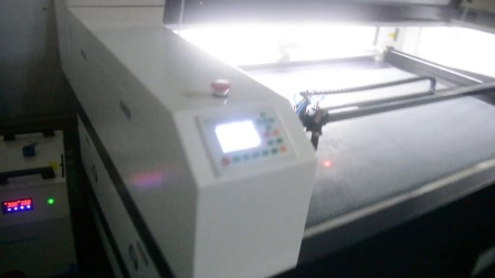 激光切割机48小时老化测试_旭扬激光
