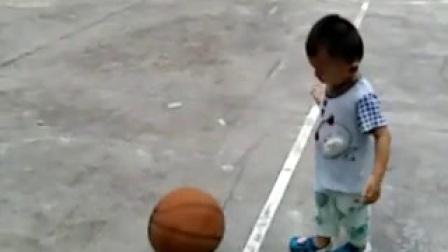 吴翼迅打篮球20170801