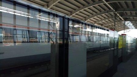 C6851鼎湖山站进站