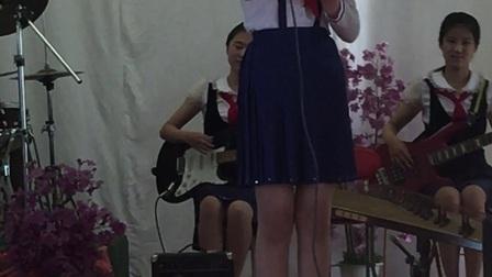 朝鲜小姑娘
