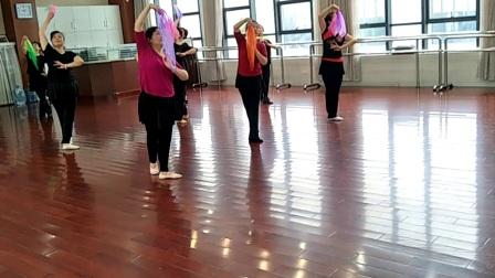 采薇练习舞蹈