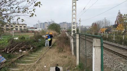 客车8362汉中站接近