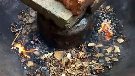 客家糯米酒酿过程的最后一步-古代火炙法工艺