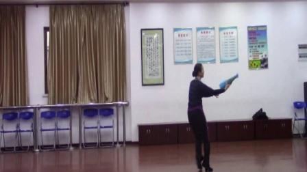 伞舞:江南雨