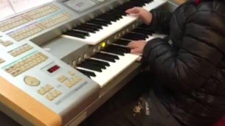 双排键电子琴《宇宙战舰》:飞飞