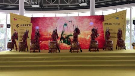 广州鼓舞倾城艺术团 8人京剧龙鼓 (2)