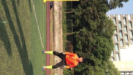 足球半高球防守技术