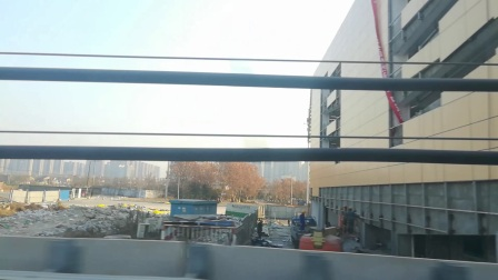 南京地铁s3号线(017018)天保入地。