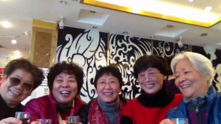 泗塘块几位政治退休老师相聚老好人酒家!
