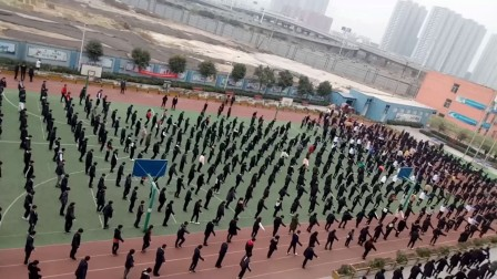 千人自编自导自演舞蹈