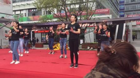 钰桥国际美女舞蹈表演