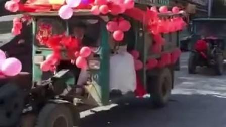 广西挖掘机迎接新娘